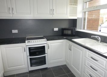 Thumbnail 4 bed property to rent in Stoneleigh Drive, Hoddesdon