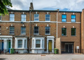 3 bed property to rent in Chatham Street, London SE17