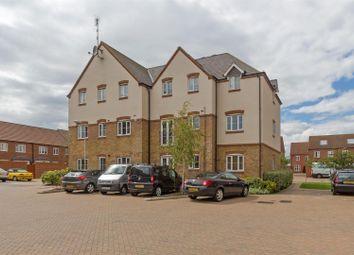 Thumbnail 2 bedroom flat for sale in Abelyn Avenue, Sittingbourne