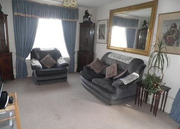Thumbnail 2 bedroom flat to rent in Royal Court, Rounds Gardens, Rugby