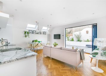 Thumbnail 2 bed flat for sale in Munster Road, Fulham, London
