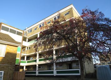 2 bed flat for sale in Vanguard Road, Southampton SO18