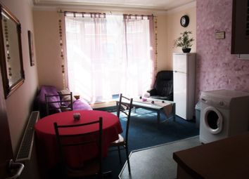 Thumbnail 4 bed flat to rent in Radford Road, Nottingham
