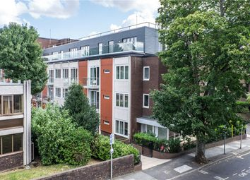 Thumbnail 2 bed flat for sale in Knoll Rise, Orpington, Kent