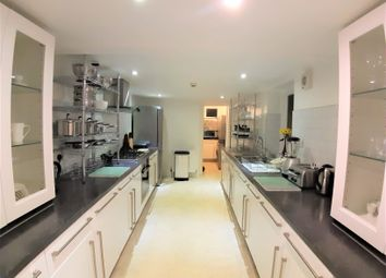 Room to rent in Lansdowne Place, Hove BN3