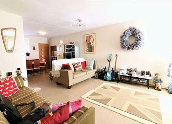 3 bed property for sale in Colton Gardens, London N17