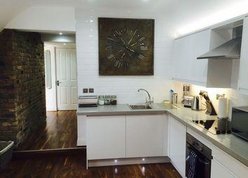 Thumbnail 2 bed flat to rent in Sun Lane, Harpenden