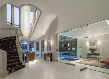 Thumbnail 4 bed flat for sale in Spaniards Road, Hampstead
