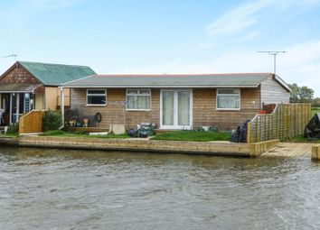 Thumbnail 2 bed detached house for sale in North East Riverbank, Potter Heigham, Great Yarmouth