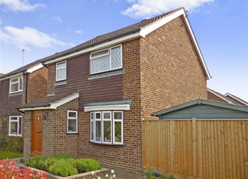 Thumbnail 3 bed detached house for sale in Headcorn Road, Staplehurst, Kent
