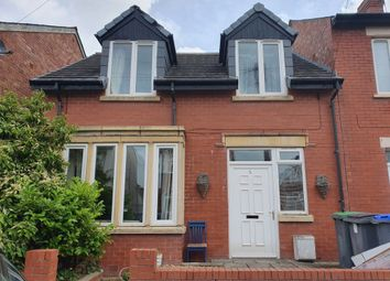 2 bed property to rent in Pine Avenue, Blackpool, Lancashire FY1