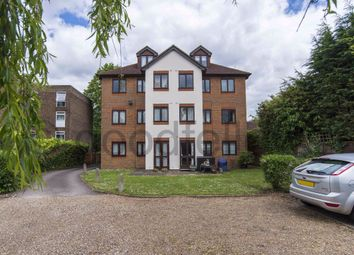 1 bed flat to rent in Woodcote Road, Wallington SM6