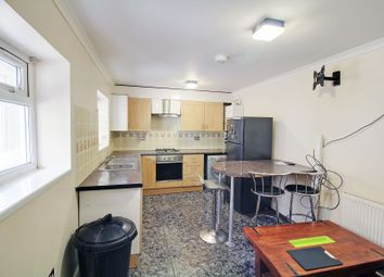 Thumbnail 3 bed flat to rent in Woodford Green, Woodford