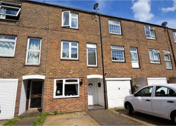 Thumbnail 4 bed town house for sale in Corcorans, Brentwood