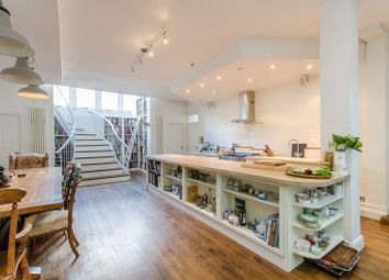 Thumbnail 2 bed property for sale in Virginia Road, Shoreditch