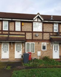 1 bed property to rent in Meadfield Road, Langley, Slough SL3