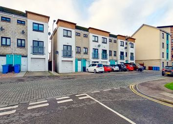 Thumbnail 4 bed town house to rent in Milton Street, Dundee