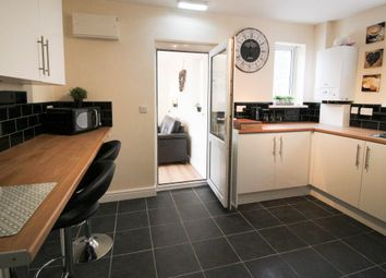 Thumbnail 5 bedroom shared accommodation to rent in Woodlands Road, Woodlnads, Doncaster