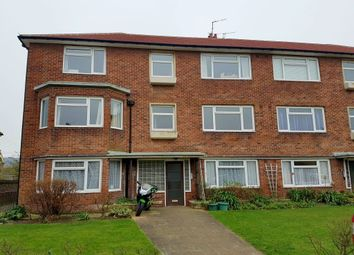 Thumbnail 3 bedroom flat to rent in Willingdon Road, Eastbourne