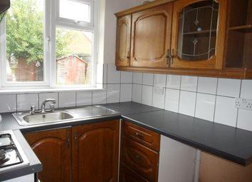 Thumbnail 3 bedroom detached house to rent in Basingstoke Road, Reading