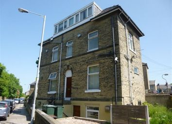 Thumbnail Studio to rent in Westfield Crescent, Undercliffe, Bradford