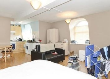 Thumbnail Studio to rent in Earls Court Road, London, Earls Court
