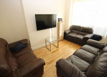 Thumbnail 6 bed terraced house to rent in Graham Grove, Leeds