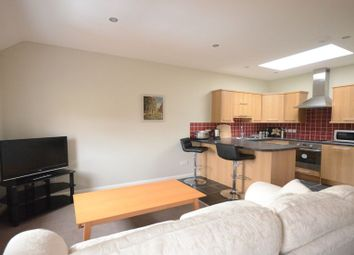 Thumbnail 1 bed flat to rent in Coronation Road, Littlewick Green, Maidenhead