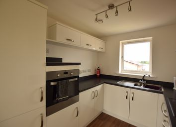 2 bed flat to rent in Cable Place, Hunslet, Leeds LS10
