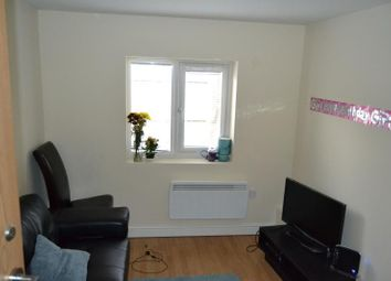 Thumbnail 3 bed flat to rent in North Road, Cathays, Cardiff