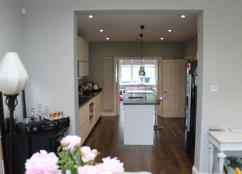 Thumbnail 4 bed property to rent in Parkway, London