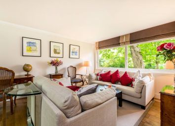 Thumbnail 3 bed flat for sale in Park Close, Holland Park, London