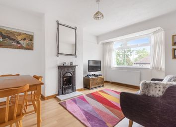 Oakleigh Close, London N20. 2 bed maisonette for sale