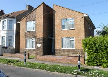 Clements, 5 Roberts Road, Lancing, West Sussex BN15. 1 bed flat
