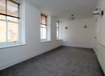 2 bed flat to rent in Southside Street, Plymouth PL1