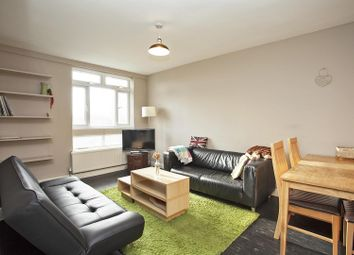 Thumbnail 2 bed flat to rent in Ravenscroft Street, London