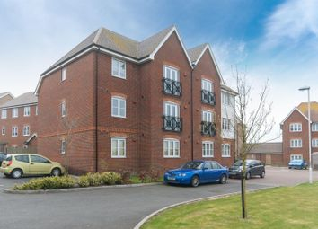 2 bed flat to rent in Wherry Close, Margate CT9