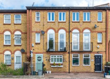 Thumbnail 4 bed terraced house to rent in Tottenham Road, Islington, London