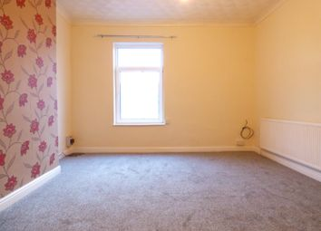Thumbnail 1 bedroom flat to rent in Racca Green, Knottingley