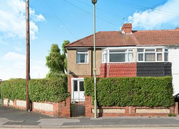 3 bed semi-detached house to rent in Longfield Avenue, Fareham PO14