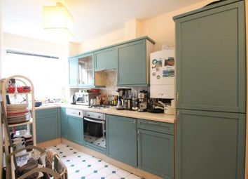 Thumbnail 3 bed flat to rent in Leathermarket Court, London