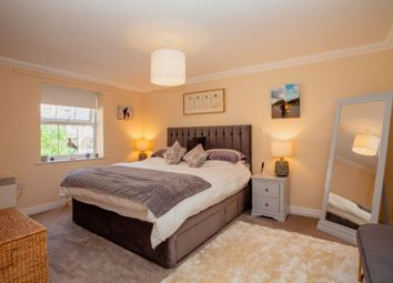Thumbnail 4 bed flat for sale in Medina Gardens, Cowes