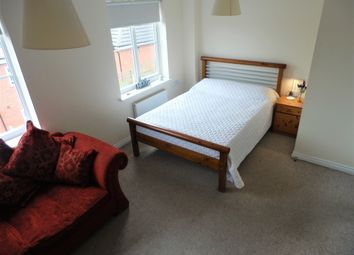 Thumbnail Room to rent in Attoe Walk, Norwich
