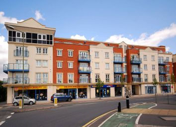 Thumbnail 1 bed flat to rent in Goldsworth Road, Woking