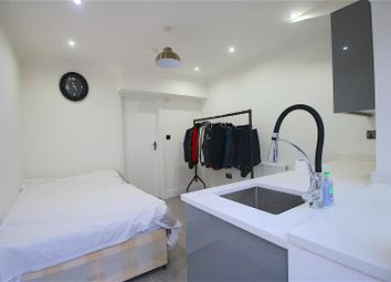 1 bed property to rent in Studio Flat, Cephas Street, London E1