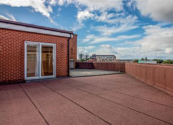 1 bed flat for sale in Queensgate Centre, Orsett Road, Grays RM17
