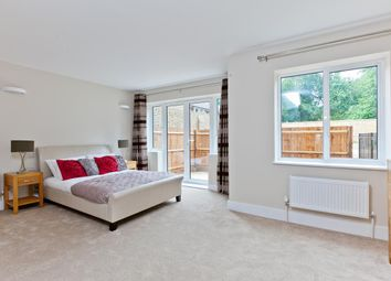 Nevis Court, Maple Road KT6. 2 bed flat