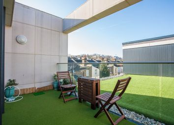 Thumbnail 4 bed flat for sale in Hawthorne Crescent, London