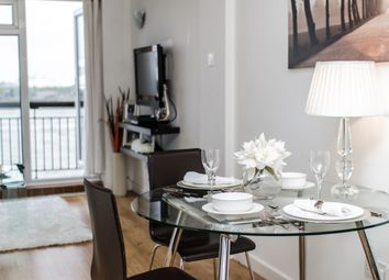 Thumbnail Room to rent in Capstan Square, London
