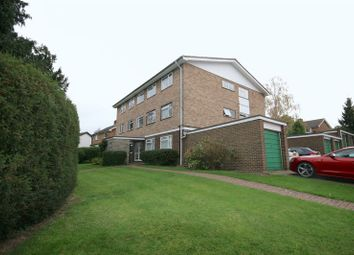 Thumbnail 2 bed flat to rent in Mays Hill Road, Bromley